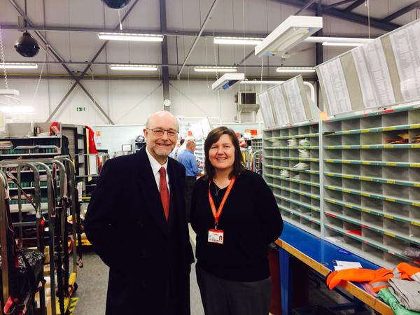 Read more about the article Alex delivers Christmas cheer to local postal workers