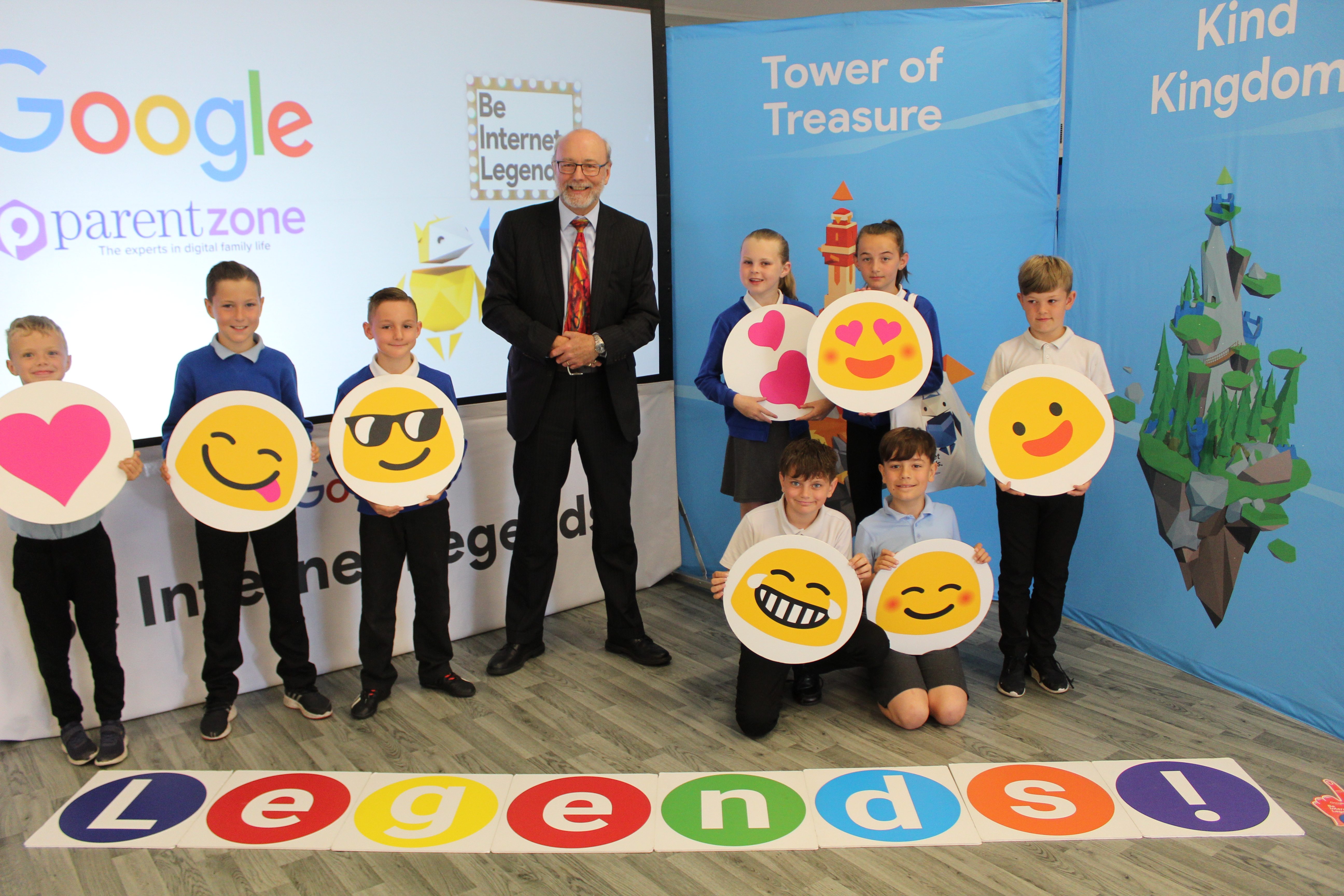 Alex joins Norton Primary Academy for Internet Legends campaign