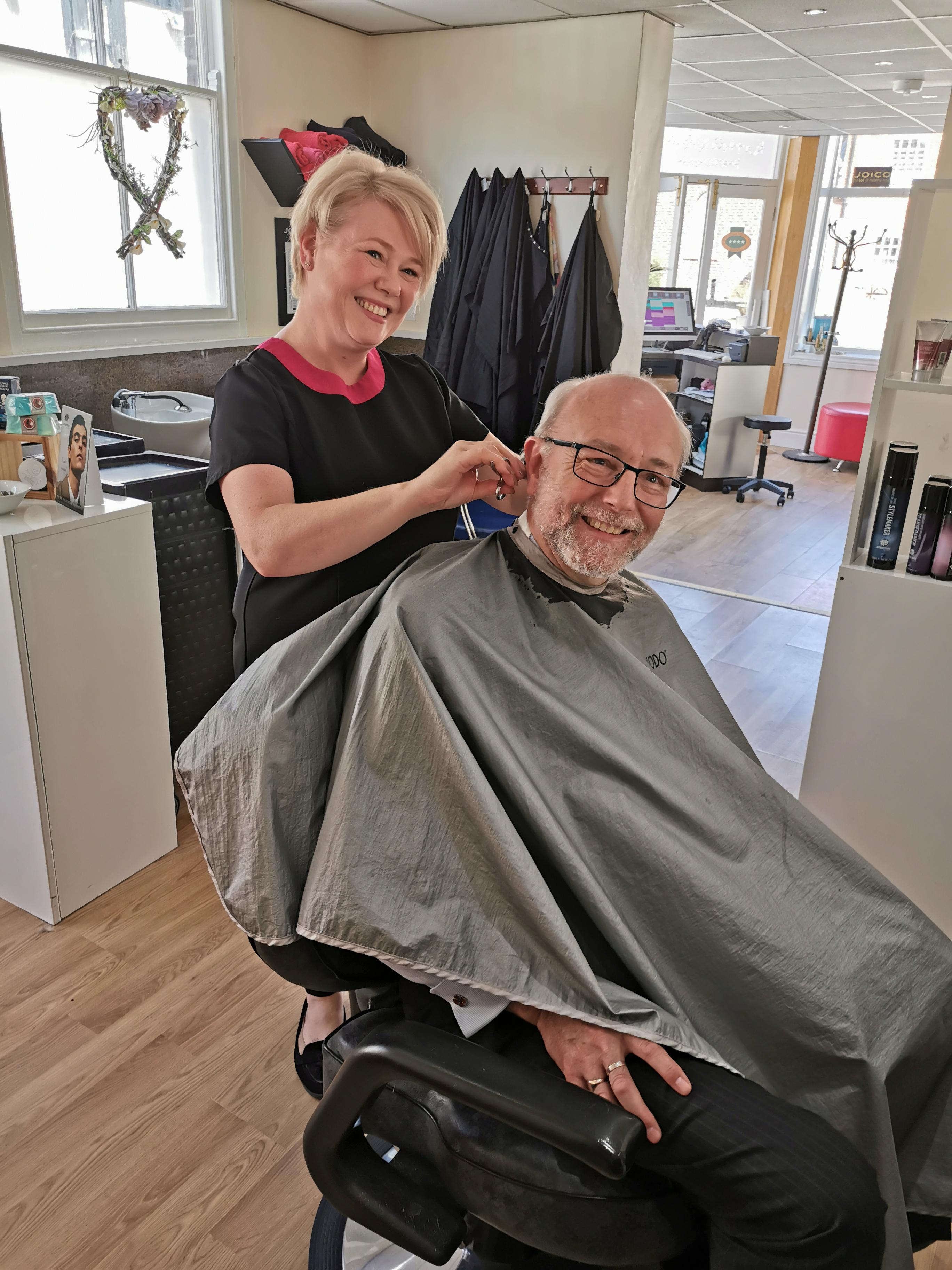 Alex praises community spirit of local hairdressers