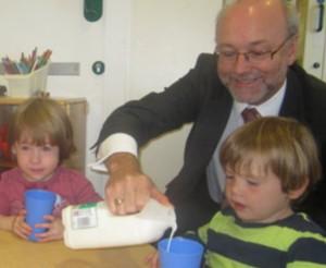 Alex MP helps children celebrate World School Milk Day
