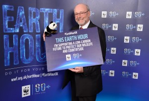 Alex makes Earth Hour pledge for the planet
