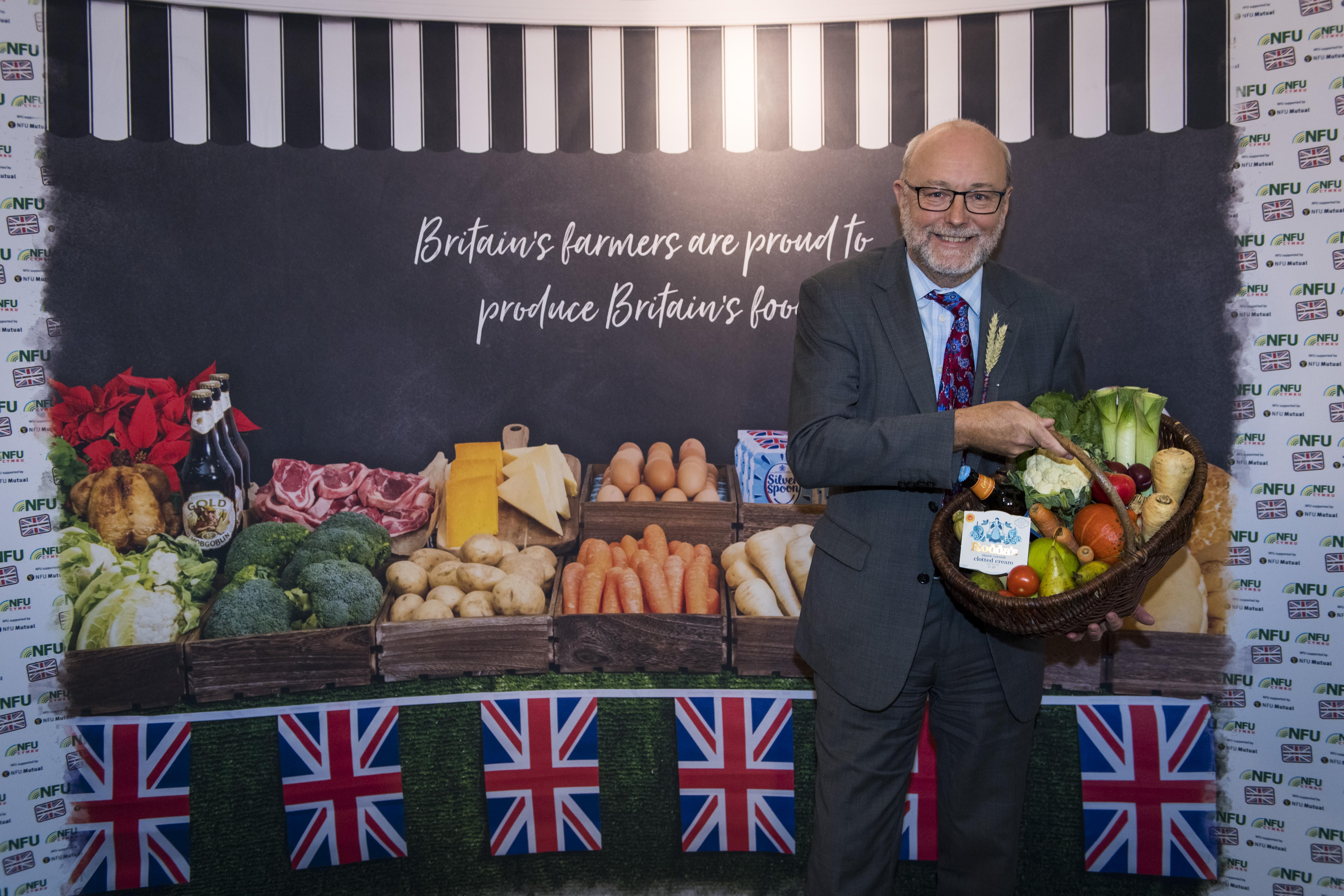 Alex shows support for British farming in Stockton North